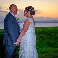 Wedding photographer Paul Weller (Paulwellerph). Photo of 01.07.2019