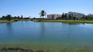 Lago artificial en el que se almacena el agua depurada procedente de la EDAR de El Toyo.