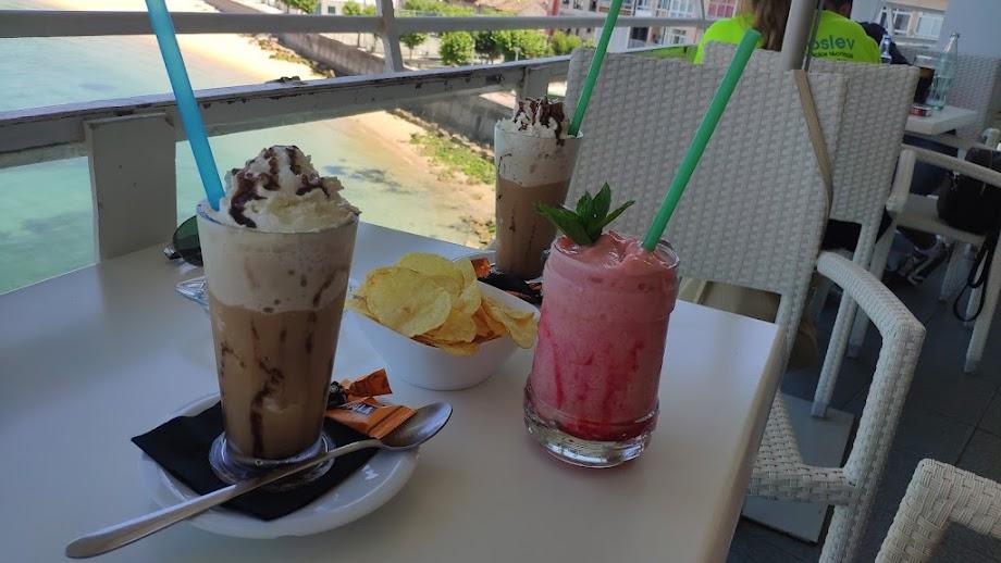 Foto El Balcón Cafe Bar 14