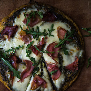 Paleo Pesto Pizza