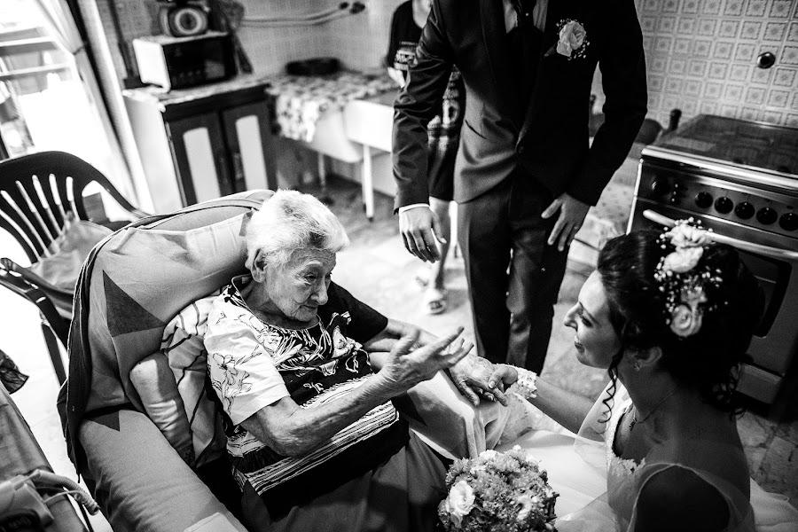Wedding photographer Leonardo Scarriglia (leonardoscarrig). Photo of 13.12.2019