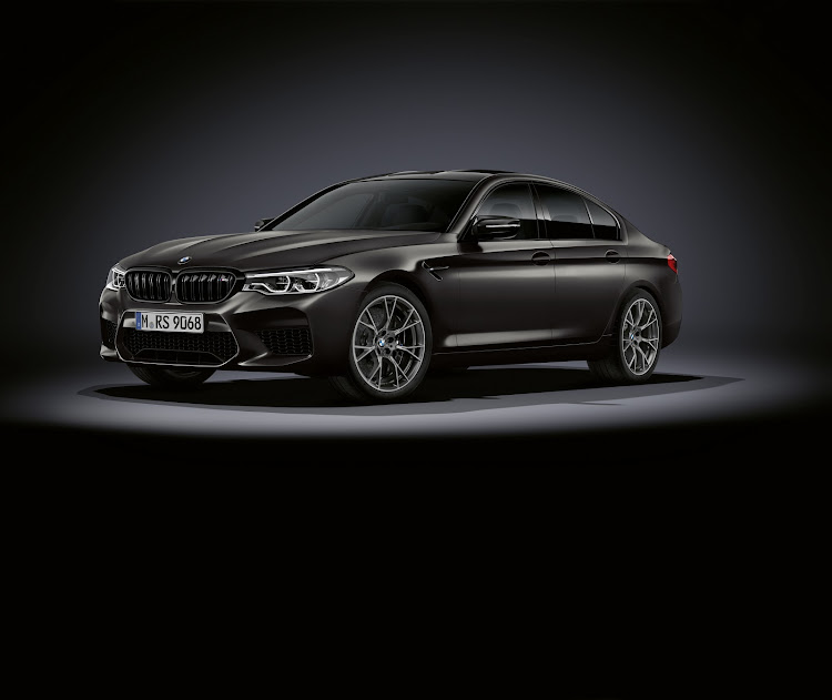 Bmw Unleashes Limited Edition M5