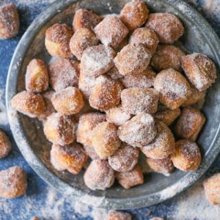 Cinnamon Sugar Pretzel Bites.
