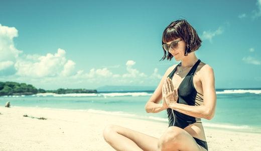 como conocer mujeres en bikini