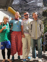 Photo: Our guides - yes this is after breakfast and before going down.