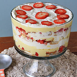Traditional English Trifle.