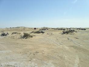 Photo: składowisko wraków, brak drogi - to pas ziemi niczyjej między granicą Maroka (Sahary Zachodniej) a Mauretanią