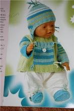 "Photo: №Б5. 220грн. Свитерок+ шапочка+ топики на  Baby Born 43 cм фото взято из журнала ""Andrea"" для примера"