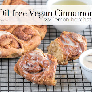 Easy Oil-Free Cinnamon Rolls {made with aquafaba}