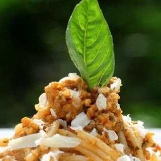Spaghetti With Pesto Trapanese