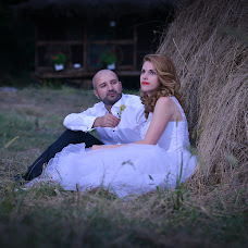 Wedding photographer Andi voicu (voicu_andi). Photo of 12.09.2016