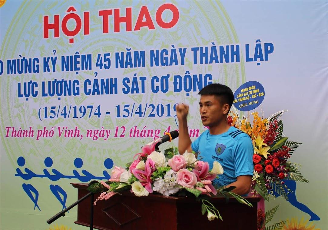 Đại diện vận động viên tuyên thệ