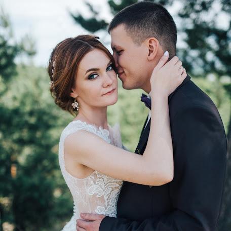 Wedding photographer Alisa Polyakova (AlisaP19). Photo of 08.12.2017