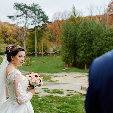 Wedding photographer Yulya Fedishin (juliafedyshyn). Photo of 18.10.2017
