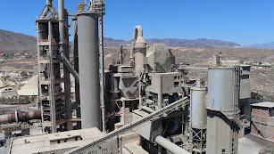 El cierre de la cementera ha dejado a la comarca sin su principal motor económico.