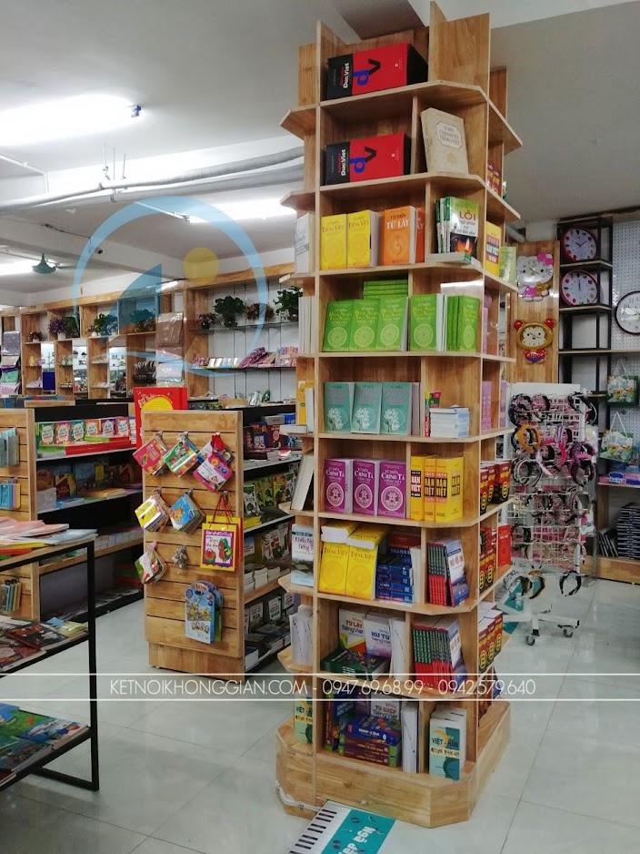 thiết kế thi công nội thất nhà sách Trí Đức 12