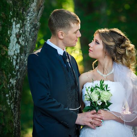 Wedding photographer Elvira Brudova (Brudova). Photo of 02.12.2017