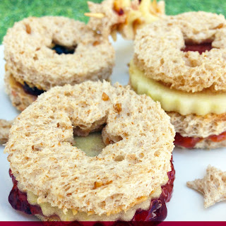 Snack your Way with Jelly Linzer Sandwiches #SNACKATION