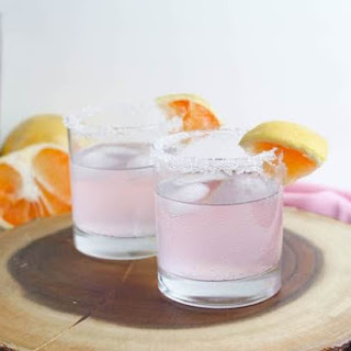 Sparkling Pink Paloma Cocktail Recipe