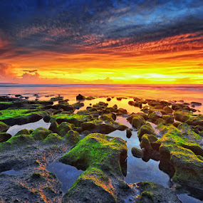 The Lost Foreground by Hendri Suhandi - Landscapes Cloud Formations ( clouds, bali, sunset, beach, travel, echo )