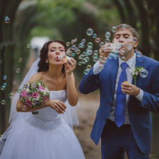 Wedding photographer Yaroslav Skuratov (Skuratov). Photo of 26.09.2013