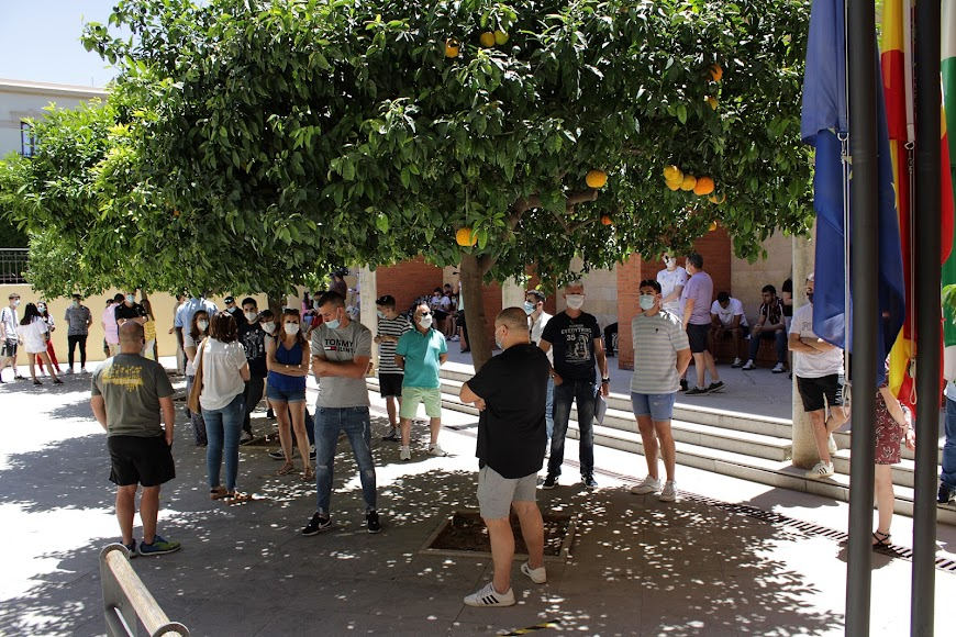660 auxiliares de playa de los 13 municipios costeros de Almería.