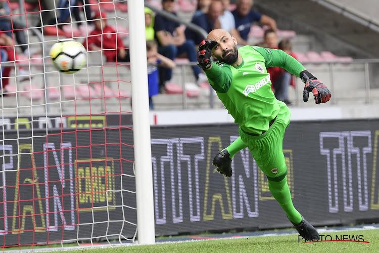 Il n'est pas encore certain que Sinan Bolat restera à l'Antwerp