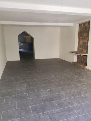 Location divers 5 pièces 150 m2