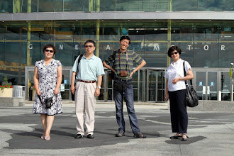 Photo: Hosted 2012 Teachers training. Edication professional from China touring Detroit after the training.
