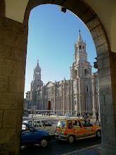 Photo: Kathedrale - mehrfach von Erdbeben betroffen (zuletzt 2001)