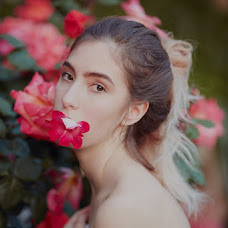 Wedding photographer Elena Zvyagina (ELemongrass). Photo of 17.06.2018