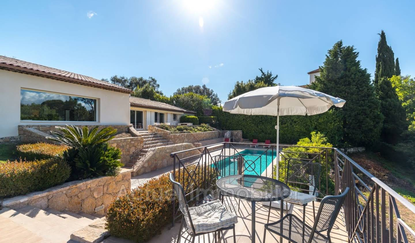 Villa with pool and terrace Châteauneuf-Grasse