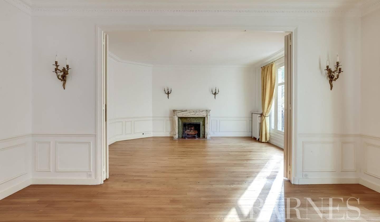 Apartment Paris 7th