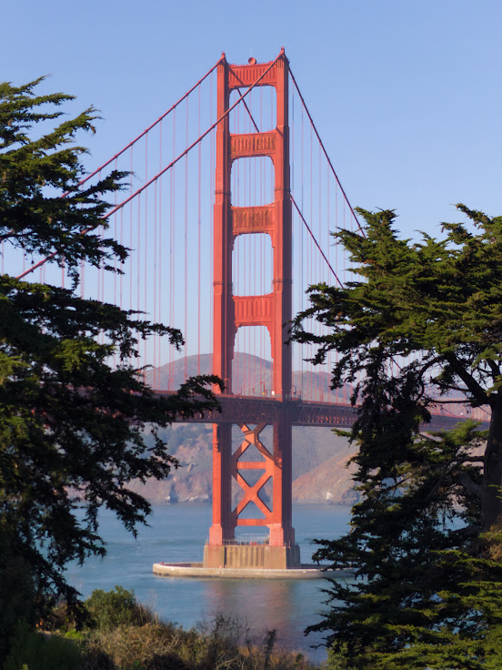 The amazing view of the Golden Gate Bridge from Batter Lancaster, captured by a Light L16.