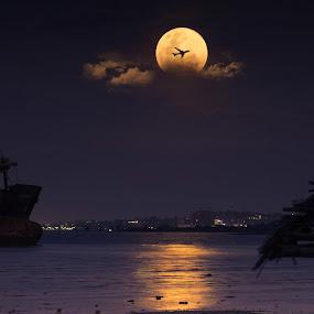 Lunar eclipse by Muhammad Ikhsan - Landscapes Travel ( lunar moon landscape )