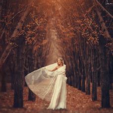 Wedding photographer Anna Vikhastaya (AnnaVihastaya). Photo of 10.10.2014