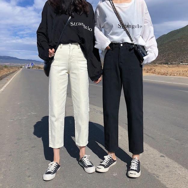 Quần Baggy đi đôi với giày thể thao Converse