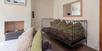 Sakina Apartment