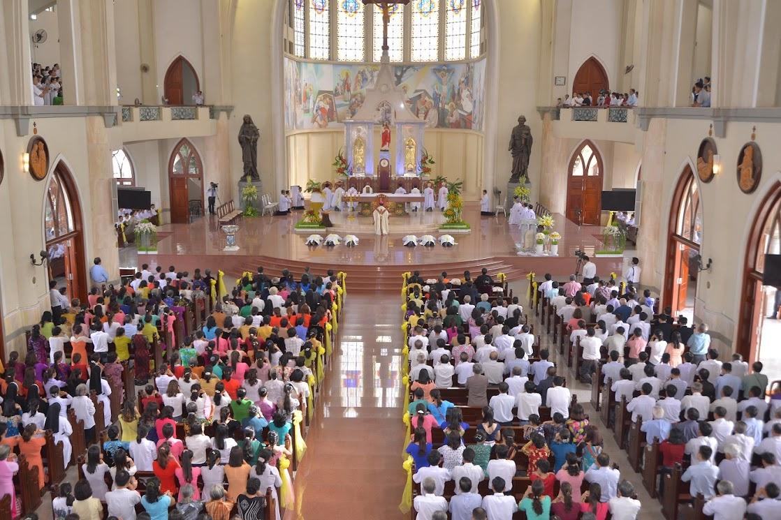 Thánh Lễ Truyền Chức Linh Mục Giáo Phận Phú Cường : Là Kitô Khác Chứ Không Phải Khác Kitô - Ảnh minh hoạ 10