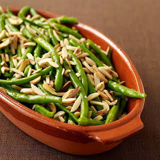Sauteed String Beans with Almonds.