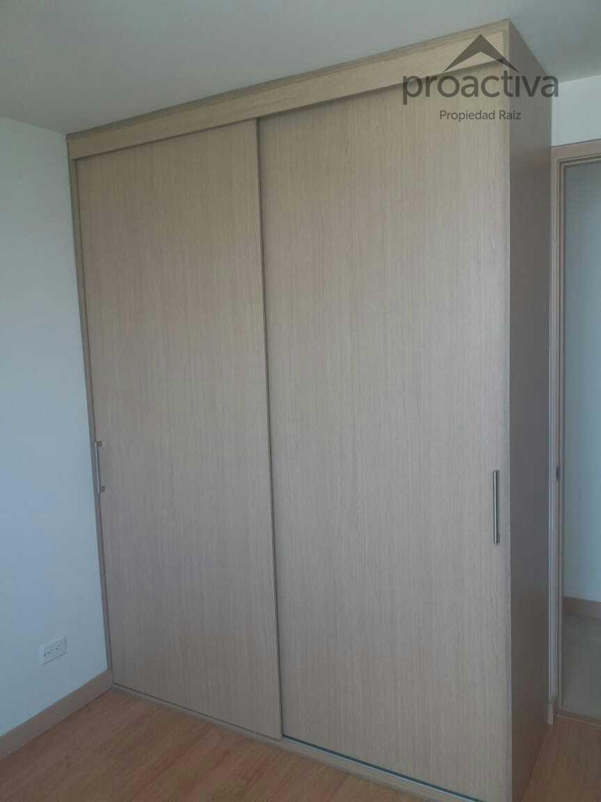 apartamento en arriendo holanda 497-7230