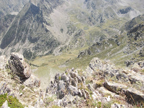 Photo: la Ribérole depuis une brèche sur les Llosers
