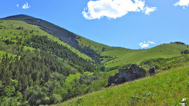 Photo: Onto the ridge and up to Baldy