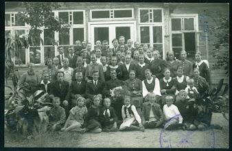 Photo: Kunigo Vl. Šlevo išleistuvės Varniuose. Fotografas F. Boruchovičius. 1939 m.