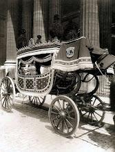Photo: Carruaje fúnebre, 1ª clase. Eglise Saint- Sulpice (6 arr) 1910. .- EUGÈNE ATGET