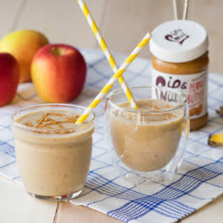 Apple Peanut Butter Smoothies.