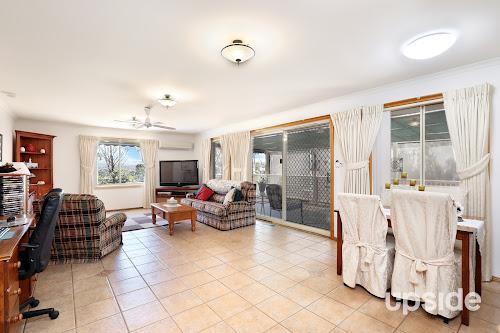 Photo of property at 10 Spyglass Court, Sunbury 3429