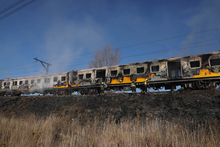 Metrorail train caught fire in Booysens in Johannesburg' on Saturday afternoon.