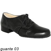 Photo: Cuir & cuir gravé noir