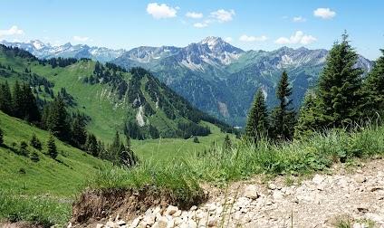 Hinterstein Willersalpe Hindelang Aufstieg zum Zirlseck Allgäu